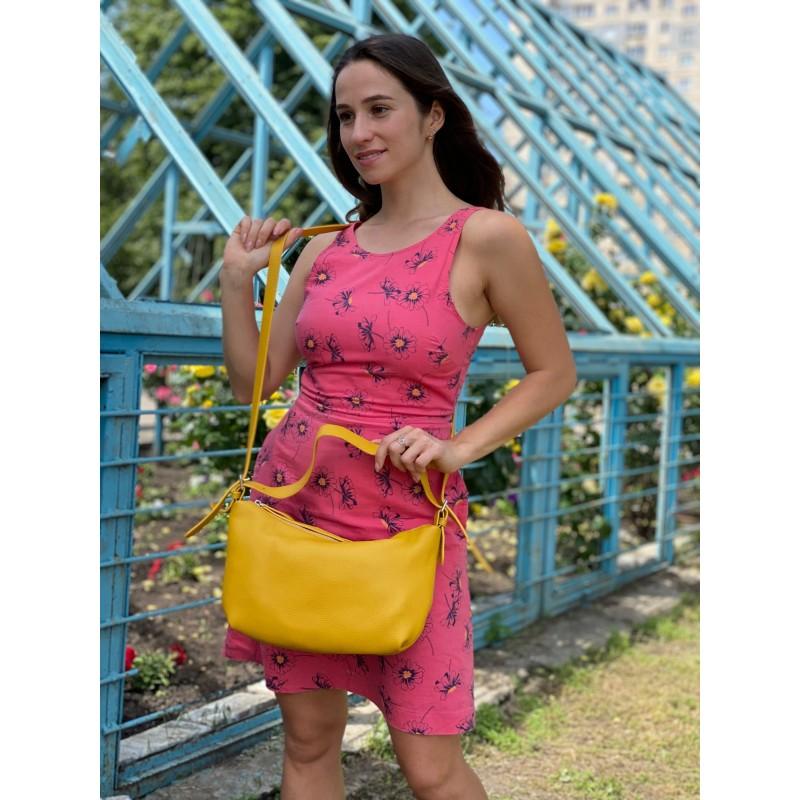 Женская кожаная сумка хобо Monica желтая - 4 фото