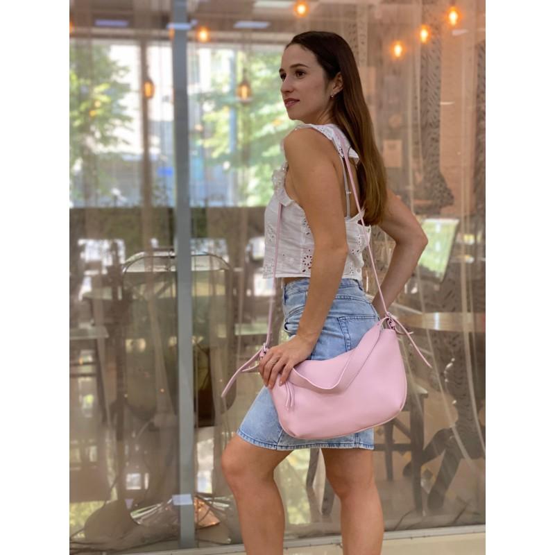 Женская кожаная сумка хобо Monica розовая пудра - 3 фото