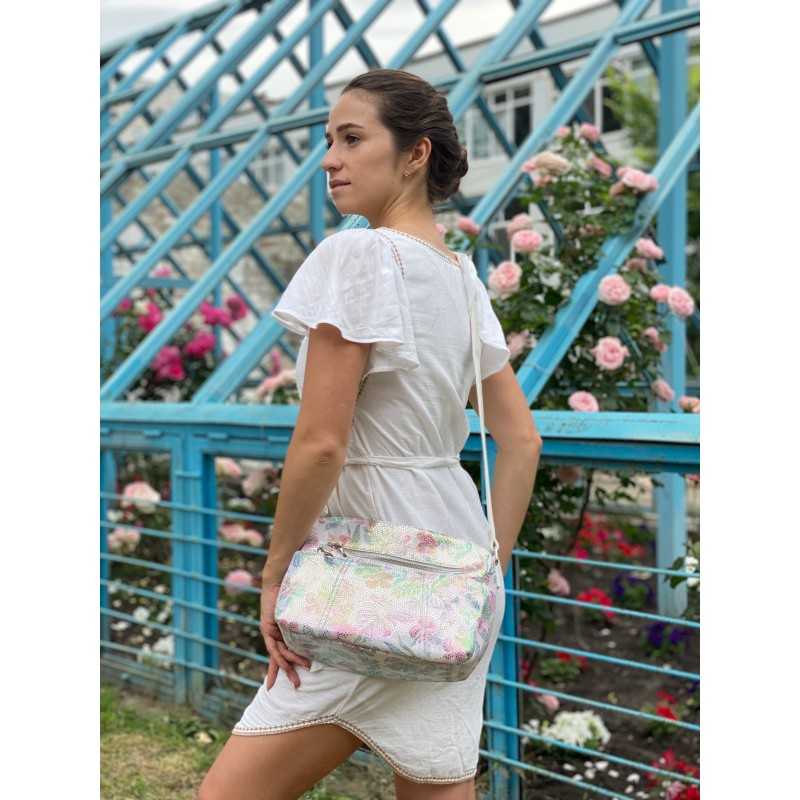 Женская кожаная сумка Marie лазерка разноцветная - 3 фото