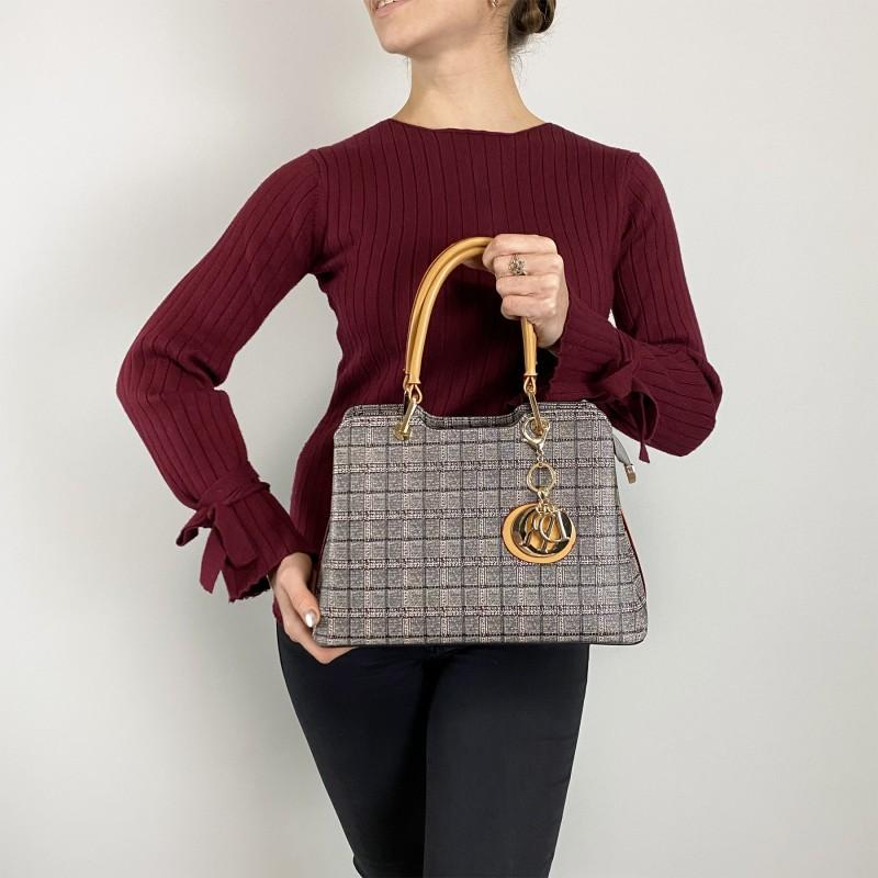 Женская классическая сумка Melody серая - 4 фото